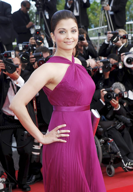 Aishwarya Rai on the red carpet attending the cannes premiere of Wall Street 2, Money Never Sleeps
