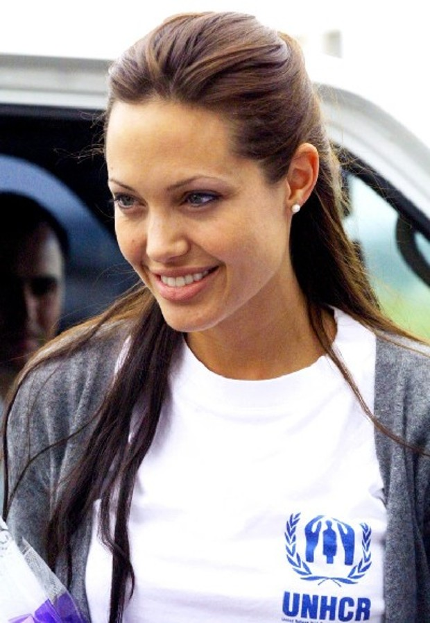 Jolie for refugees