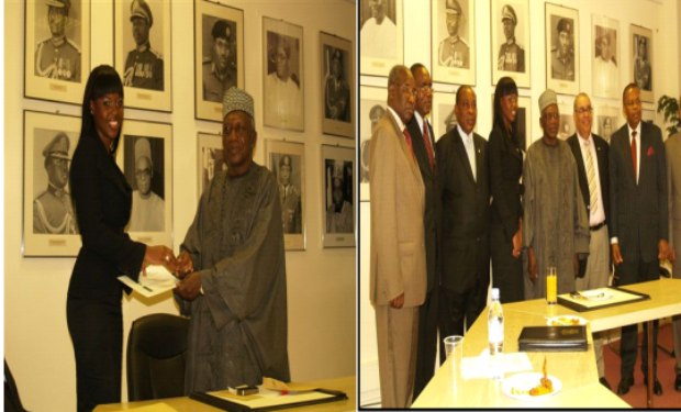 Omo receives award from Nigerian High Commissioner to the UK