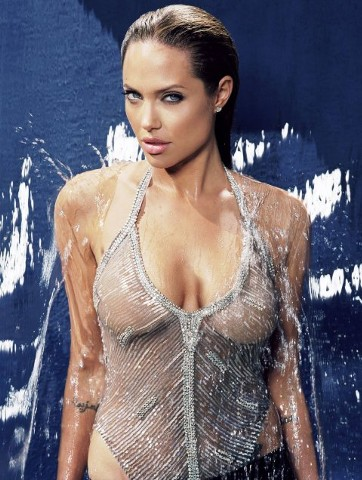 angelina-jolie-sexy-picture